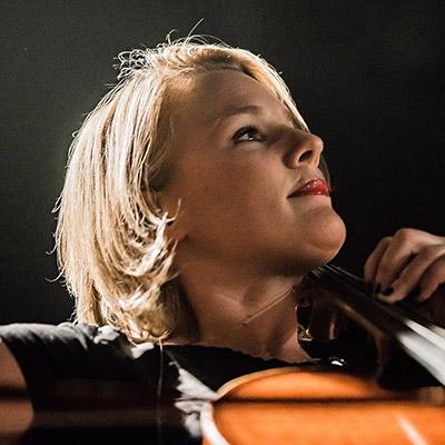 Paula Hughes - Wedding Singer.ie