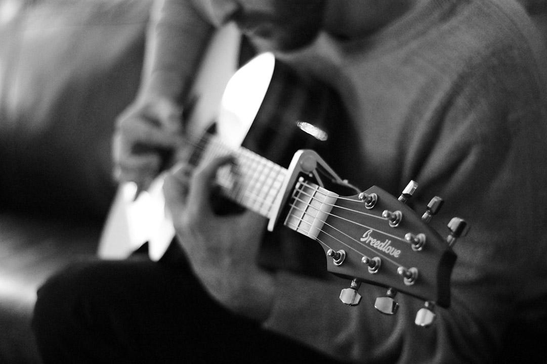 Guitar - Wedding Singer.ie